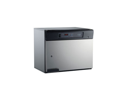 Premium warming cabinets are available in single- or dual-compartments